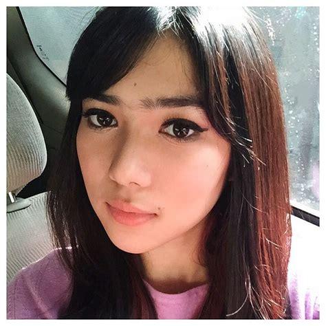 Eyeliner Di Indo by Tak Suka Makeup Tebal Ini Gaya Riasan Andalan Isyana