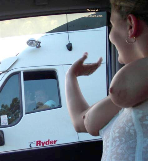 Truck Flasher The Free Voyeurweb S Hall Of Fame