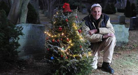 centerville man honors brother with graveside christmas