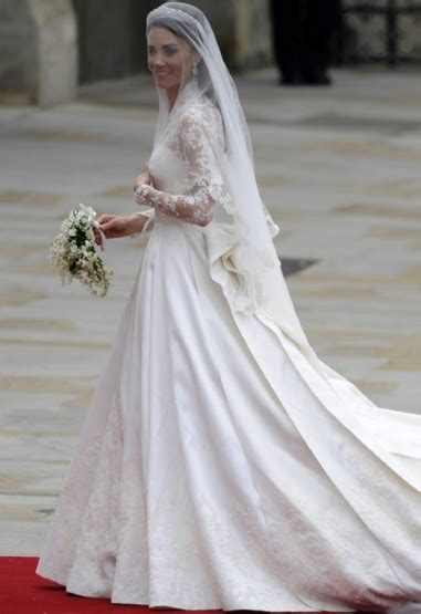middleton wedding dress in pictures fashion