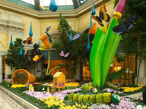 Bellagio Conservatory Botanical Gardens Top Kid Friendly Hotels In Las Vegas Family Vacation Hub
