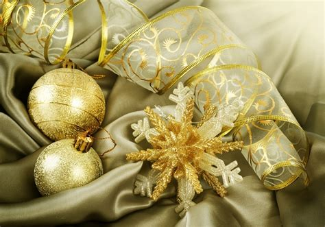 golden christmas decorations christmas photo 22230176