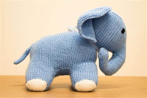elephant knitting pattern knit an elephant skanda vale hospice