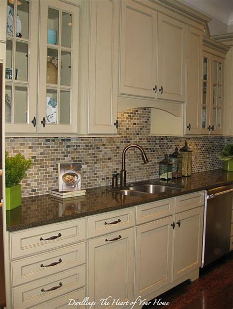 kitchen backsplash ideas with cream cabinets backsplash love this could still keep cabinets just add