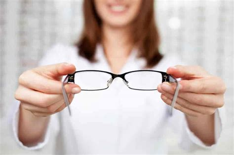 Dr Care Eye 9 useful tips from your eye doctor how to care for your