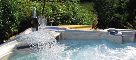 Cottages With Pool And Tub by Cottages Lodges With Tubs In Wales Homeaway