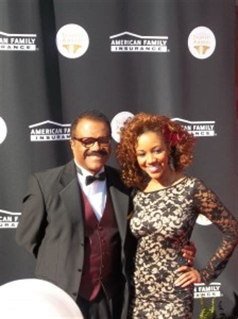 isaac love boat pointing my red carpet coverage of the 2015 trumpet awards watch it