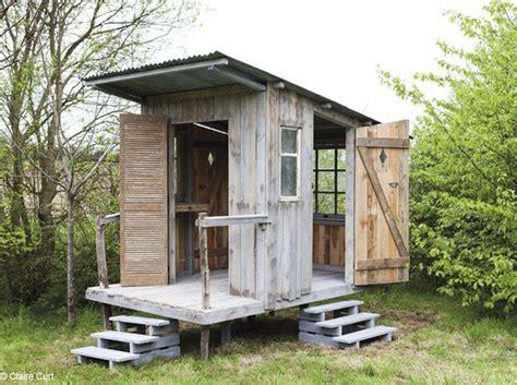 cabanne de jardin tutorial build this small wood cabin 1001 gardens