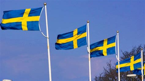 sweden flag colors what do the colors on the swedish flag represent
