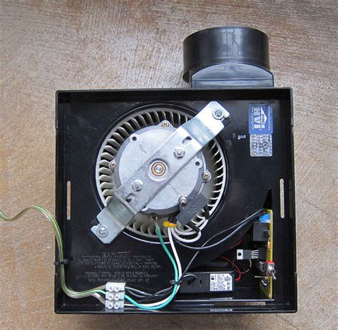 thermostat controlled exhaust fan thermostatic ventilation fan ventilation fan controlled