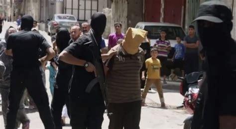 Presume In A Sentence by Gaza Le Hamas Pend 3 Hommes Accus 233 S De Collaboration
