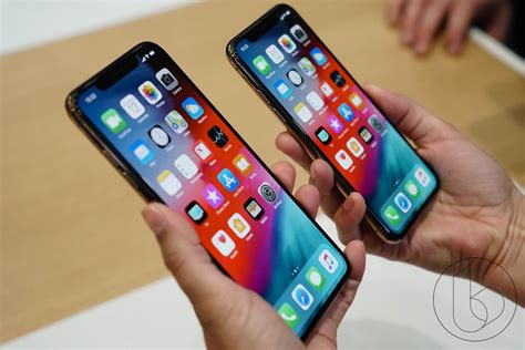 iphone max iphone xs vs oneplus 6 is the price that much better