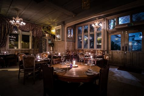 pubs with dining rooms paradise by way of kensal green dining in paradise it s rude to stare
