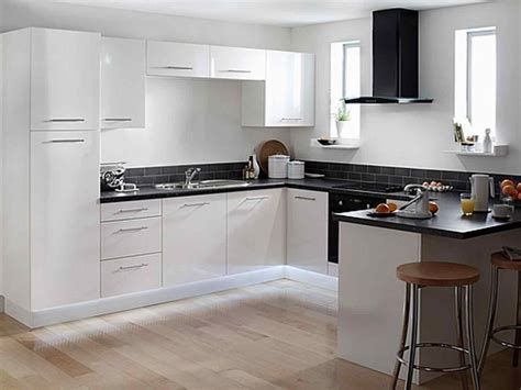 countertops with cabinets white kitchen cabinets with quartz countertops