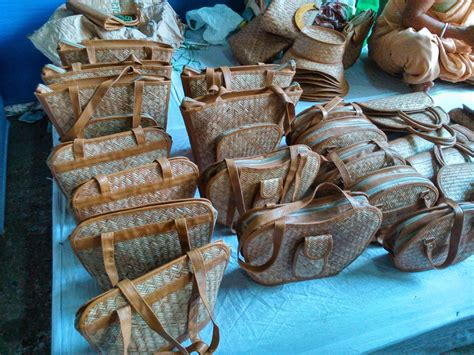 West Bengal Cottage Industry kolkata cottage industries of bengal bags made of