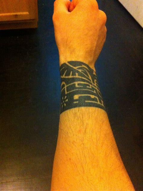 polynesian wrist tattoo tattoo pinterest wrist
