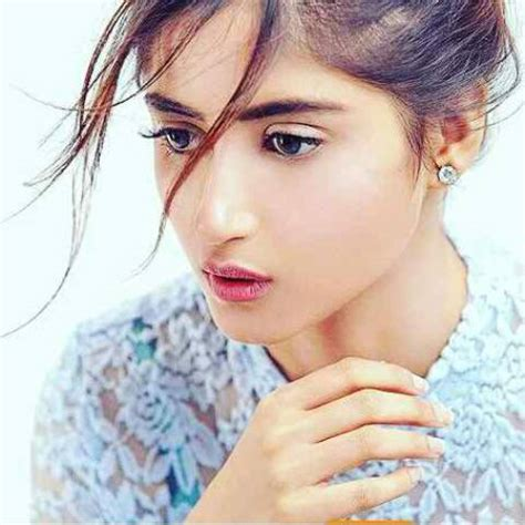 sajal ali without makeup hows she looking without sajjal ali latest pics new facebook wallpapers