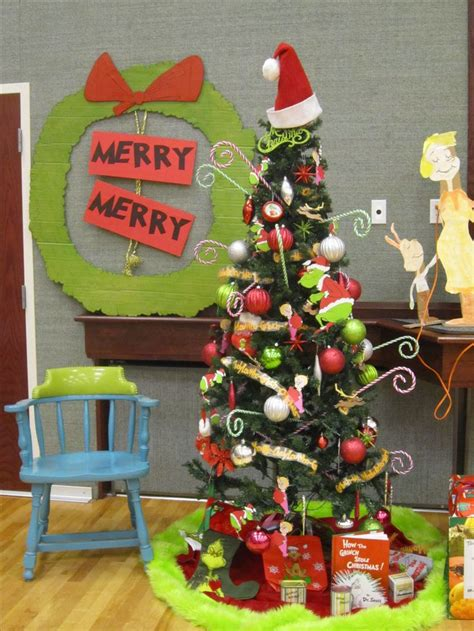 grinch christmas party props ideas for grinch decoration happy day