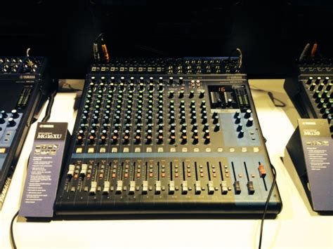 Mixer Yamaha Mg16xu live from namm yamaha mg3 mixers insync sweetwater