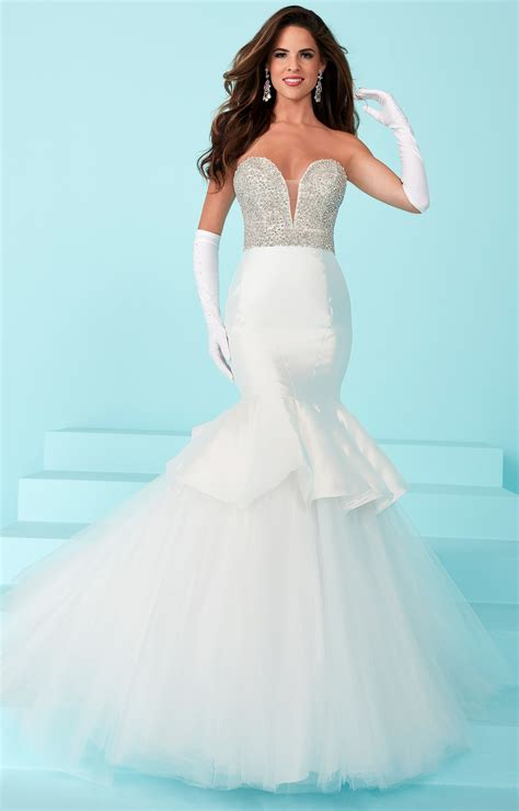 tiffany designs  classy strapless mermaid dress