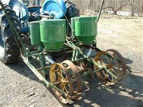 Corn Planters For Sale by Used Farm Tractors For Sale Two Row Corn Planter 2006 03