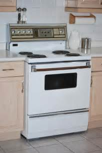 and now for the ancient admiral kitchen stove things i