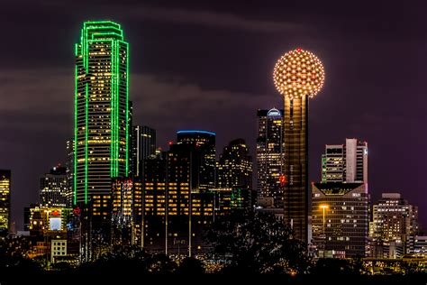 the lights of downtown dallas fort worth