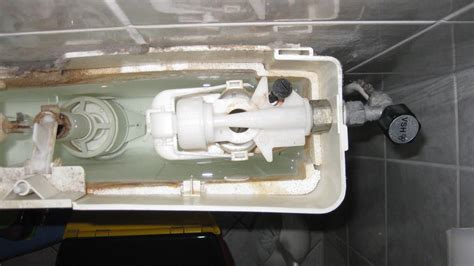 binnenwerk stortbak toilet vervangen vervangen stortbak en kraantje en kitten douchec werkspot