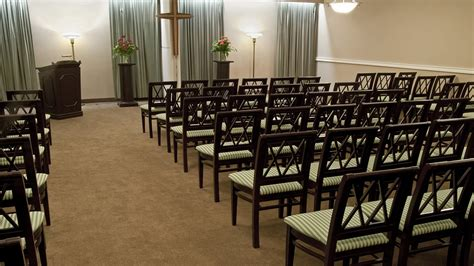 gordon f tompkins funeral home central chapel kingston
