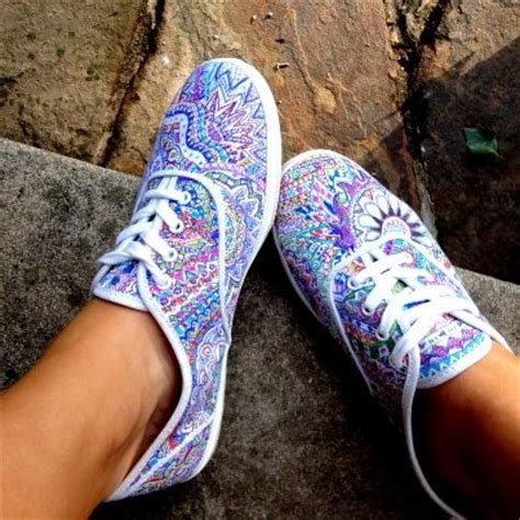 25 best ideas about sharpie shoes on painted
