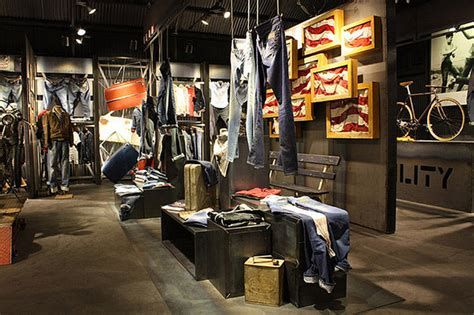 wrangler stand at bread and butter by the wardrobe