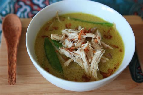 buat soto ayam santan soto ayam santan chicken soup in coconut milk pimentious