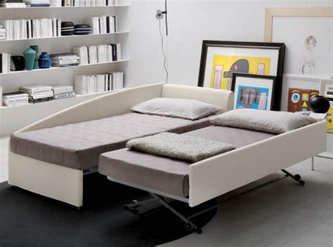 ricoprire divano rivestire un divano tessuti per divani come sceglierli