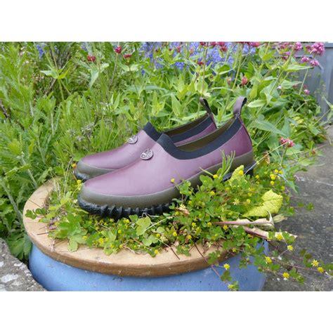 colza garden shoes colza garden shoes or clogs by le