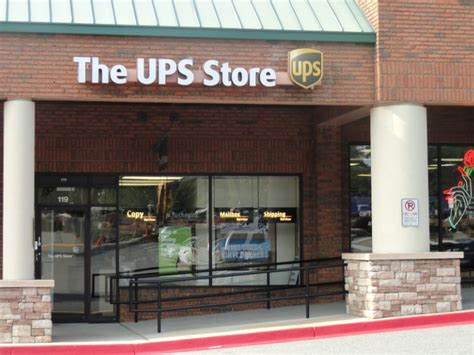 Ups Gift Card - owner employee of ups store on old alabama charged with stealing gift cards for