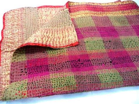 How To Sew A Quilt by How To Make A Kantha Quilt 9 Tutorials Guide Patterns