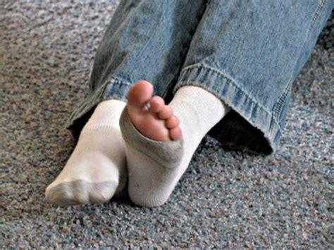 Kaos Kaus Socks Alas Kaki Kaos Kaki Sekolah Sd Smp Sma Kanik 1 cara sederhana merawat kaos kaki supaya awet