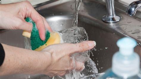 Pembersih Alat Makan begini cara tepat mencuci peralatan makan dan memasak