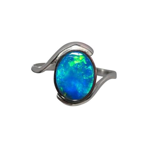 blue green opal solitaire opal ring 14k gold blue green opal flashopal