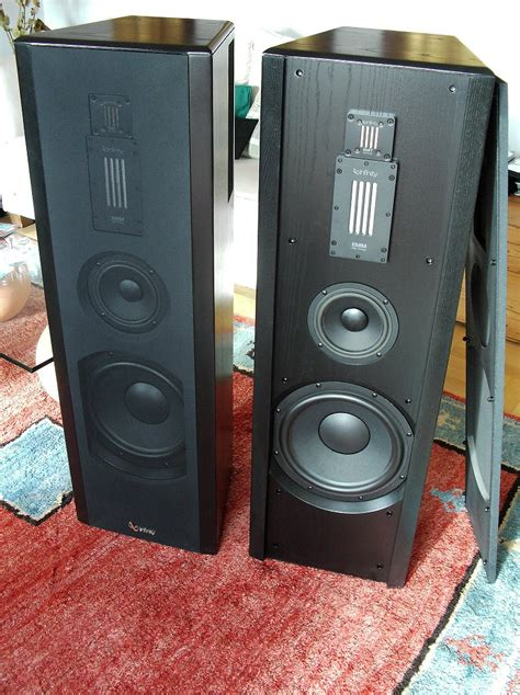 Speaker Subwoofer Beta 3 irs omega