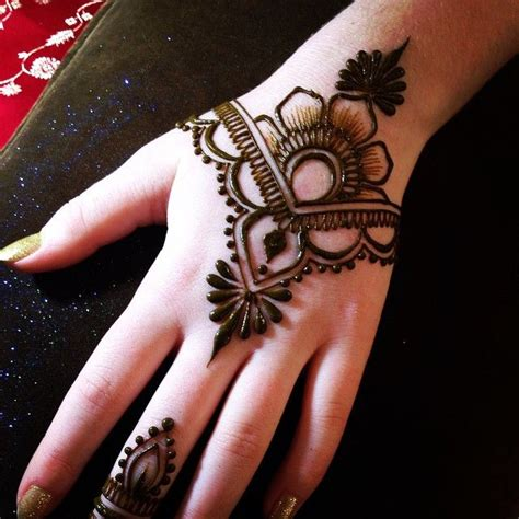 easy henna tattoo designs step by step image result for easy henna designs step by step pinteres
