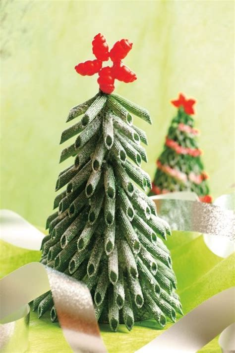macaroni christmas tree 13 easy ornaments for to make with pasta artsy craftsy