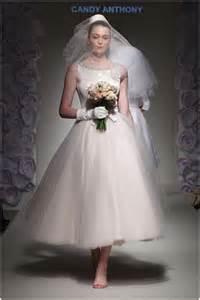 Casual Dinner Party Menu Ideas - 60 s wedding dress