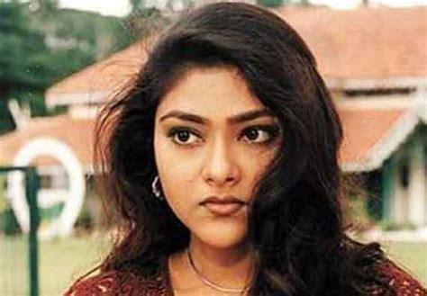 malayalam actress list new malayalam cinema actresses profile and photos