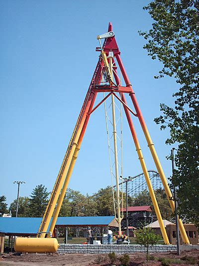 screamin swing world s tallest screamin swing mount olympus water