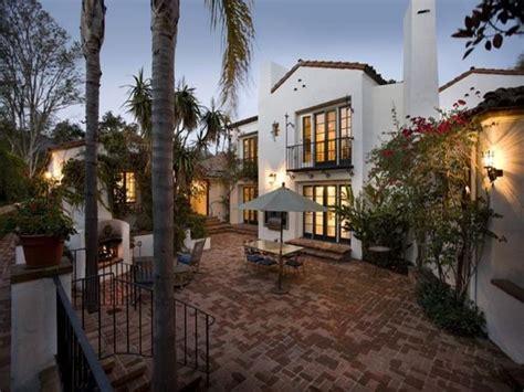 spanish villa style homes spanish style villa looks like home pinterest