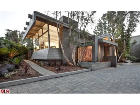 3 Bedroom House For Rent In Los Angeles jane fonda and richard perry buy in beverly hills trulia