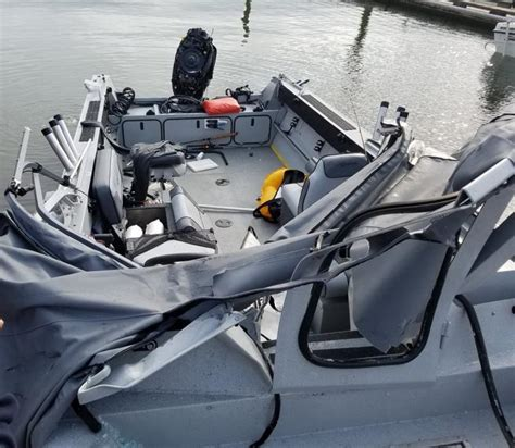 fast boat crash fishermen dive into river just moments before dramatic