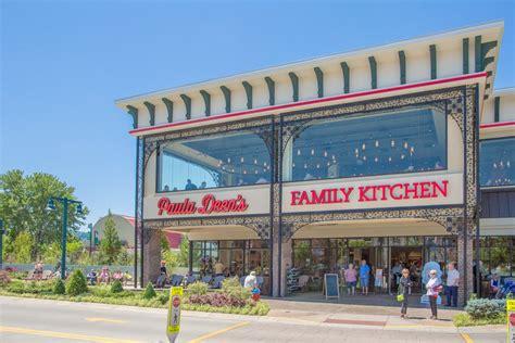 Paula Deen Kitchen Island Paula Deen S Family Kitchen Honest Review With Photos