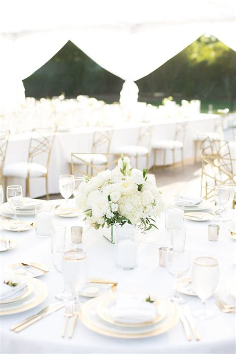 all white wedding ideas for a fabulous winter wedding